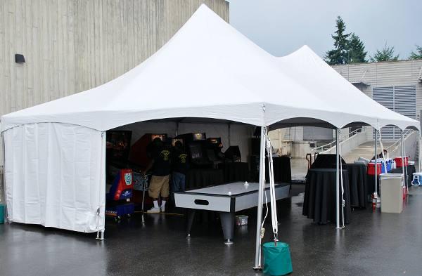 20′ x 40′ High Peak Tent